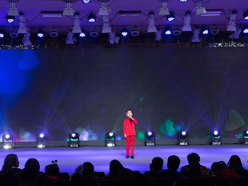 八八空间第三届童年星梦想大赛流行歌曲演唱《铿锵玫瑰》