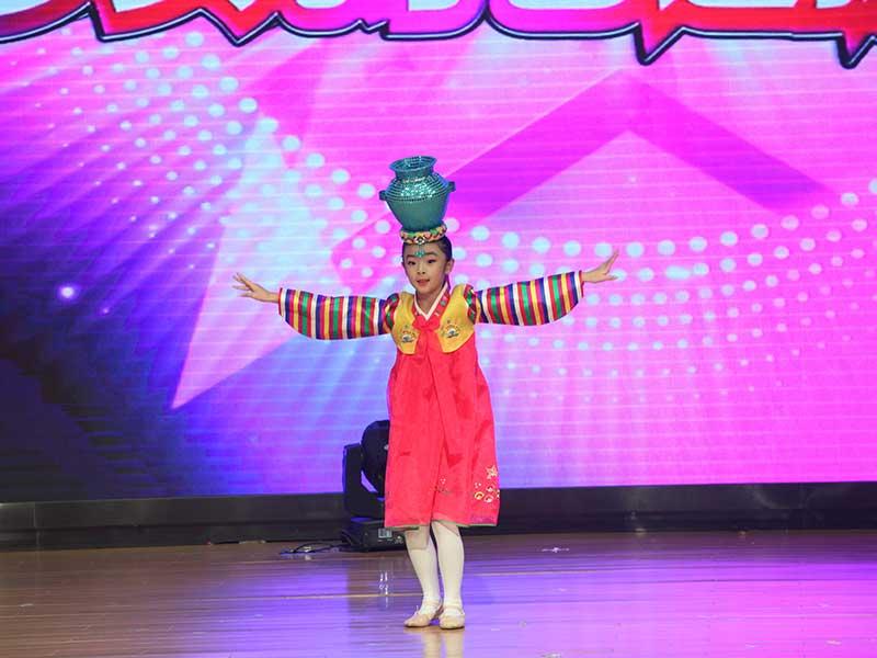 八八空间第三届《童年星梦想》朝鲜民族舞蹈视频《顶水舞》
