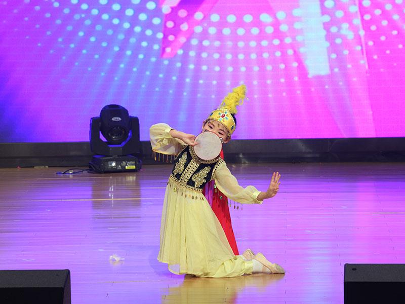 八八空间第三届《童年星梦想》民族民间舞《大漠之花》