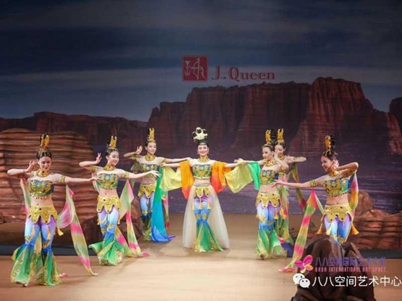 2018中国国际时装周开场舞《飞天》